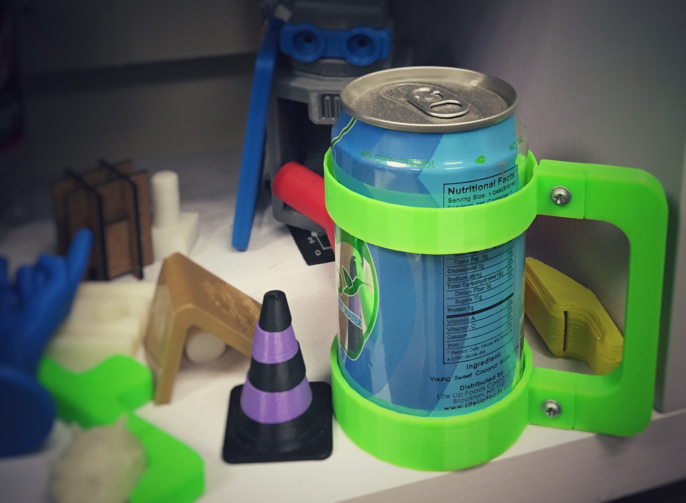 3D printed can holder with handle